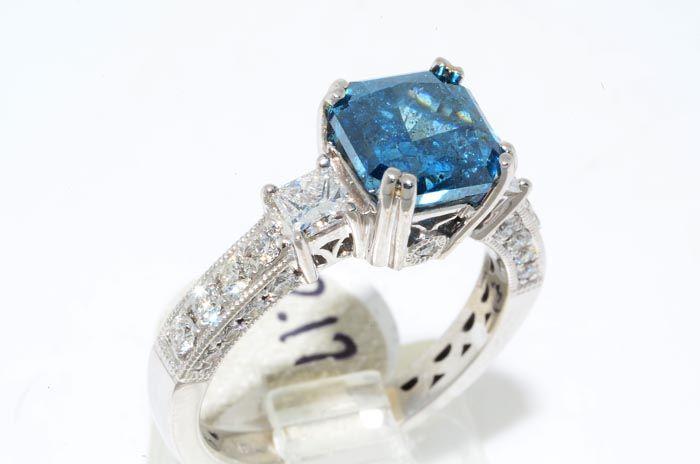 26000 2.52CT SQUARE EMERALD CUT BLUE DIAMOND ENGAGEMENT RING VS SIZE